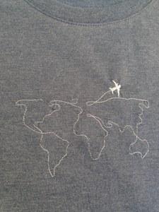 T-shirt met wereldkaart